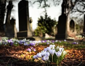 graveyard-1417871_640
