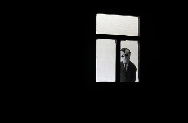 window-1721057_640